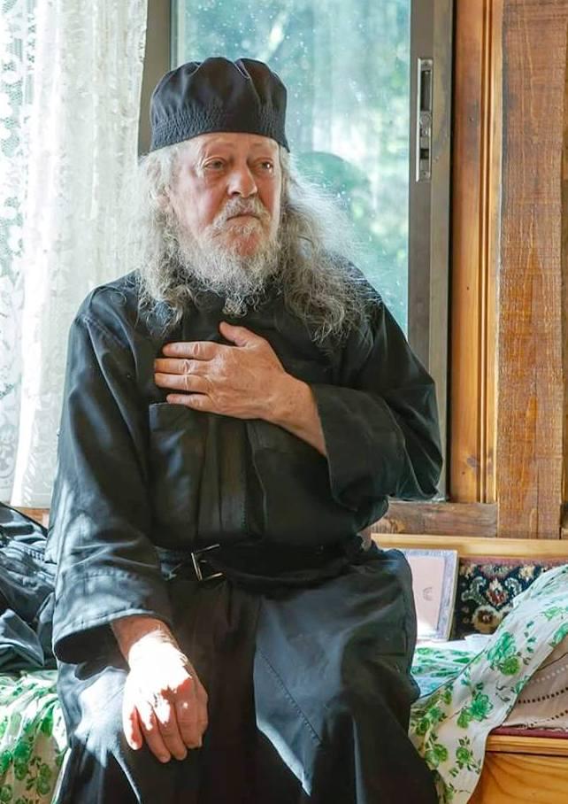 Ο Γέροντας Γαβριήλ μιλά για τον αγώνα του Γέροντα Παϊσίου… | Το σπιτάκι της  Μέλιας