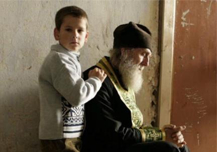 Τα παιδιά και οι άγιοι θα κρίνουν τον κόσμο. Εμείς οι άλλοι είμαστε επαναστάτες…